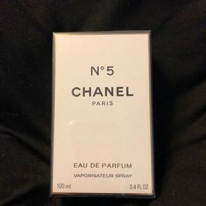 Authentic Chanel #5 de parfume spray